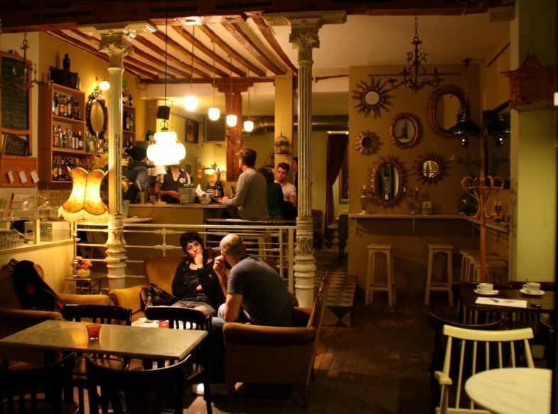 La Paca Café Bar