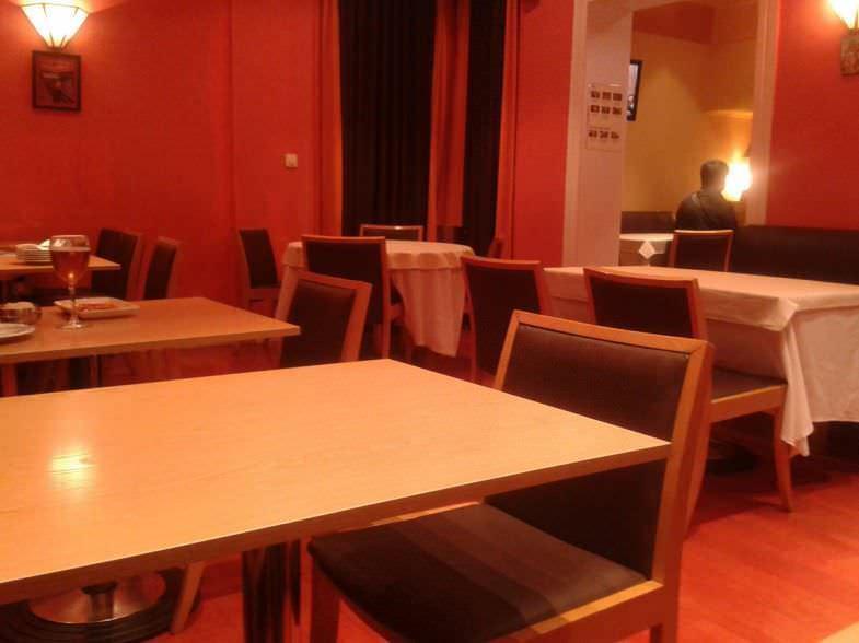 Salón Maru Sushi Bar