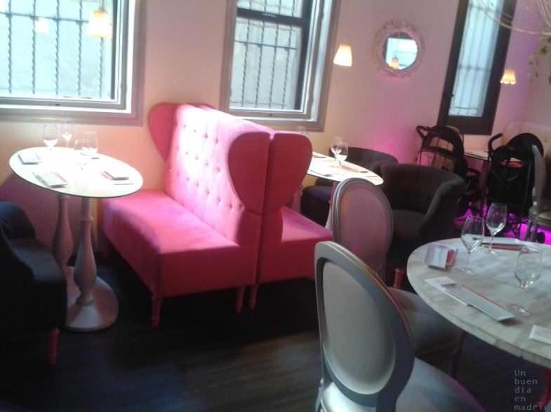 Sala interior Miss Sushi Hortaleza