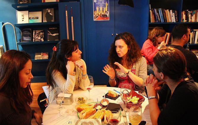 idiomas y aperitivos