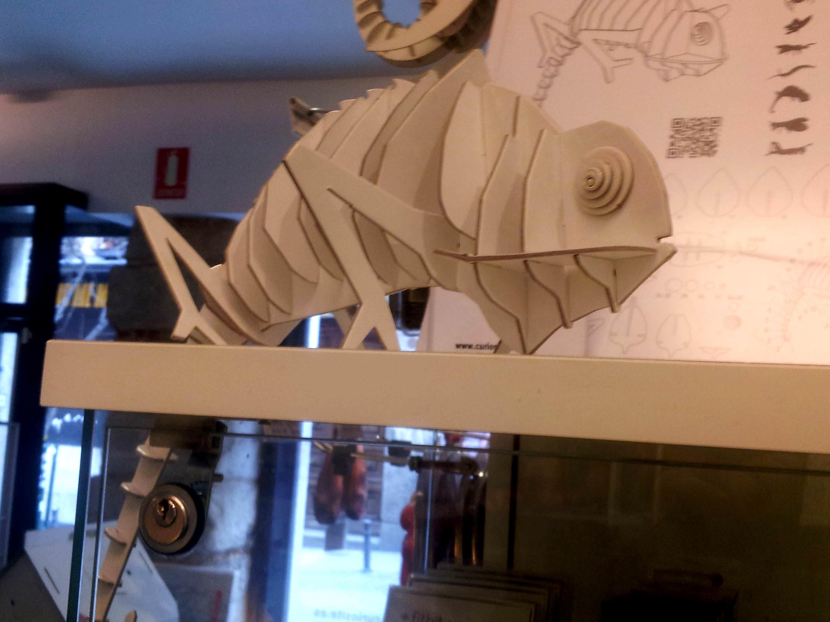 Camaleón de Cartón de Faunaurbana