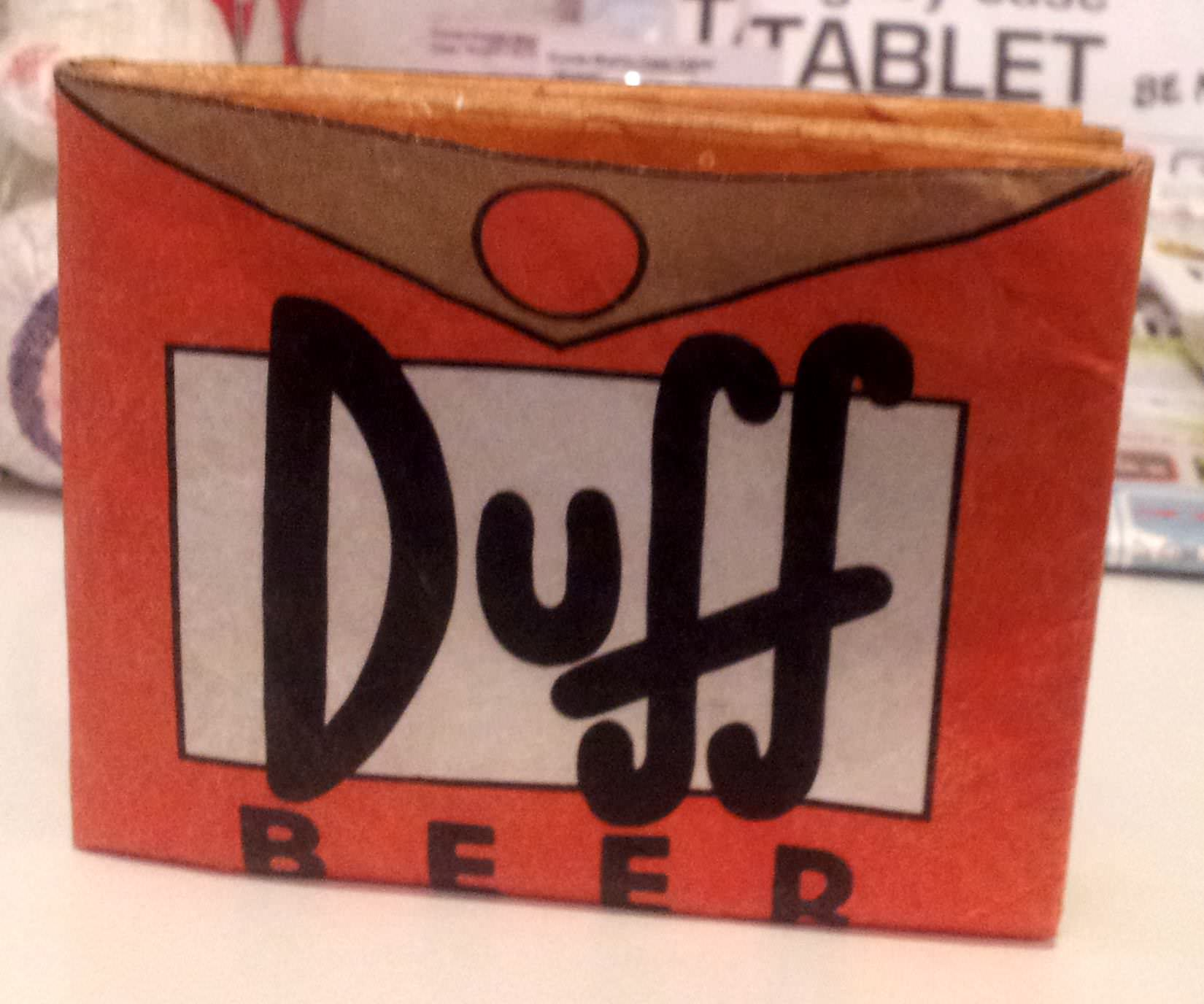 "Cartera Mighty Wallet ""Cerveza Duff"" de Dynomighty"