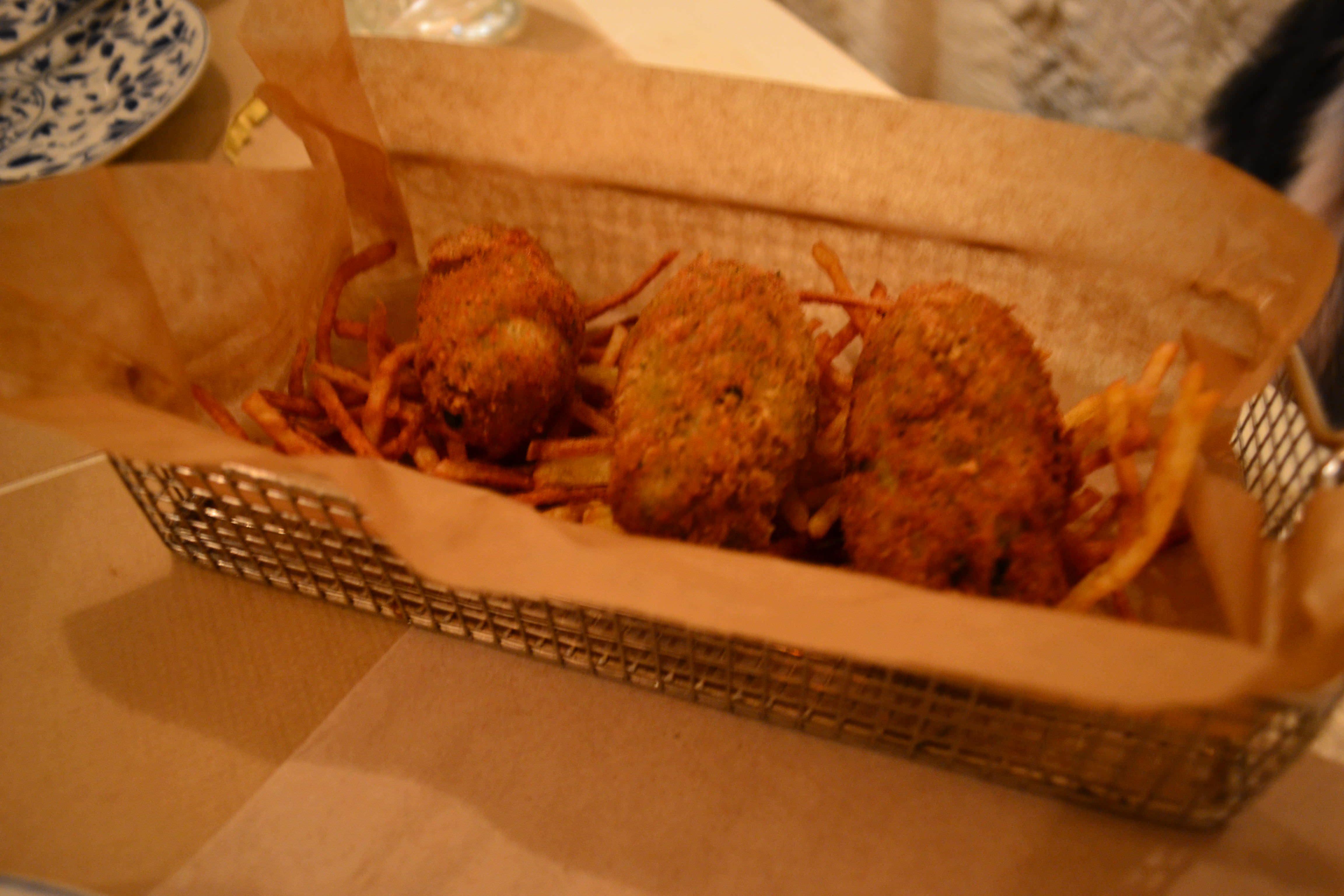 Croquetas de cecina con patatas paja