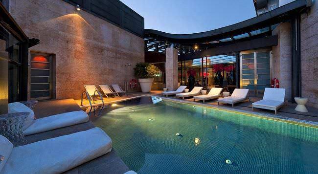 hotel Urban buena