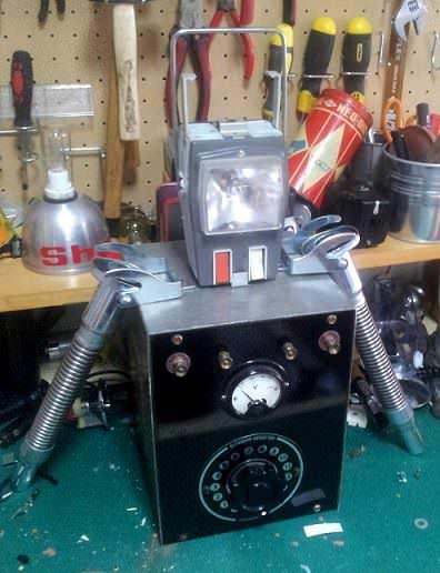 Robot en proceso de construcción