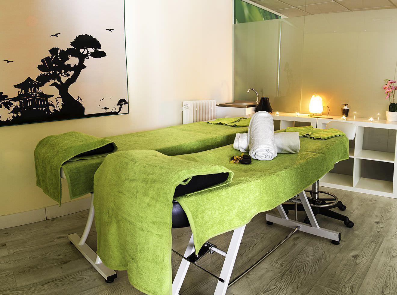 Servicio sala de masaje pequeña