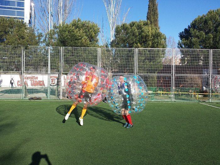 Carlos de UBDEM en Fútbol burbuja
