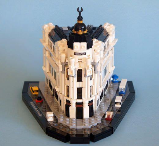 El Edificio Metrópolis en su versión LEGO