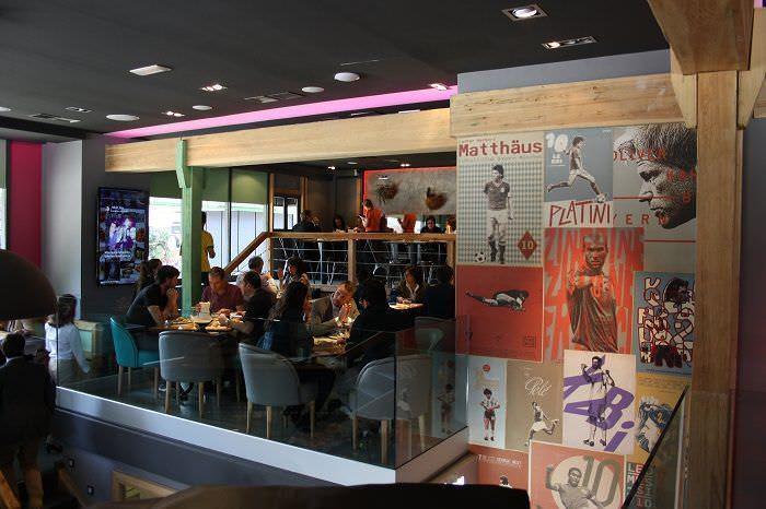 Salón del restaurante panenka