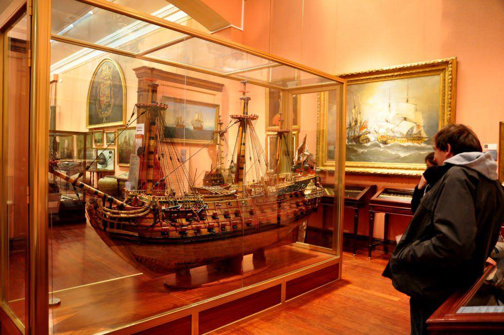 barco exposicion