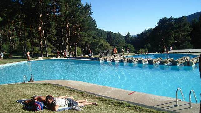 Especial piscinas naturales un buen d a en madrid for Piscinas naturales cerca de valladolid