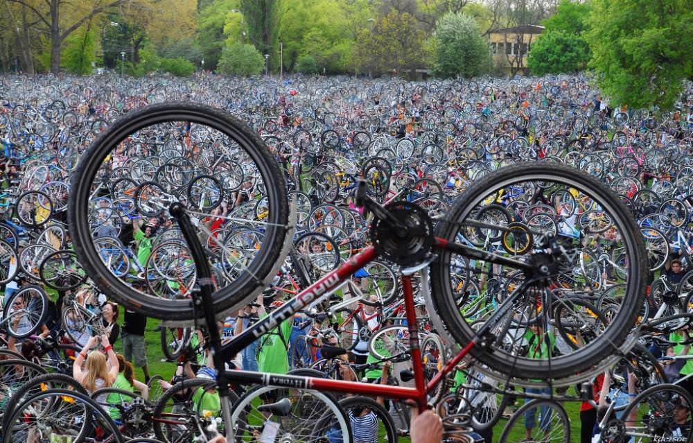 Rutas ciclistas por Madrid para tener unas vacaciones deportivas - Un buen día en Madrid