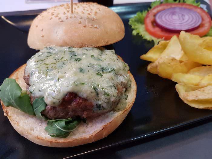 Hamburguesa con sabor italiano