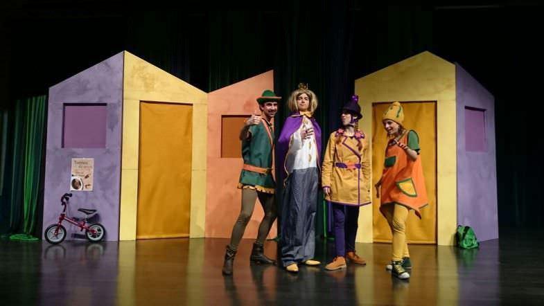 Llamad a Robin Hood Escena
