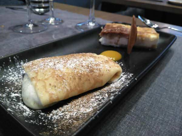 Filloas rellenas y tarta de queso gallego