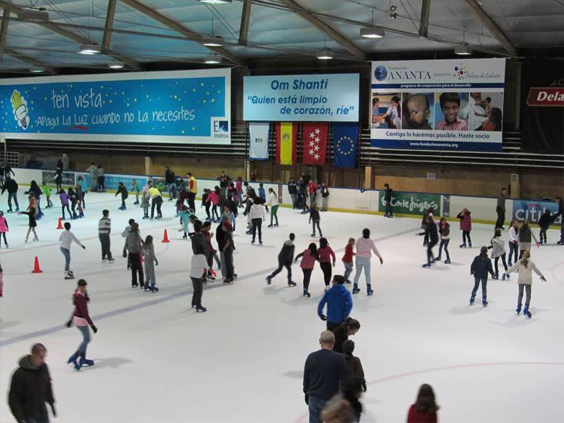 Resultado de imagen para imagen de una pista de patinaje
