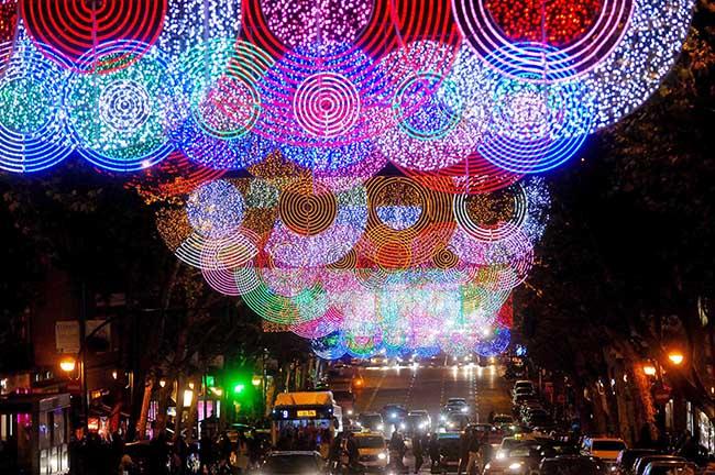 Las luces navideñas se ven mejor desde el Navibús