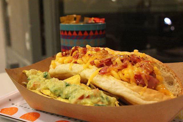 Hot dog Mac Daddy: salchicha con mac & cheese