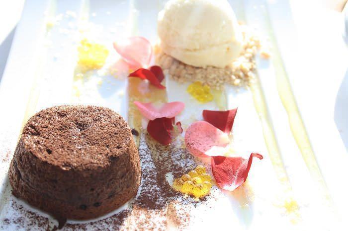 souffle de chocolate y helado