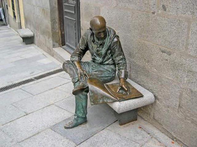 el-lector-de-la-plaza-de-la-paja_2908231