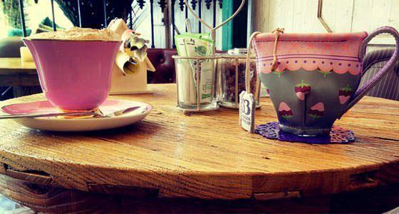 10 sitios para tomar el t en madrid un buen d a en madrid for Cafe el jardin secreto