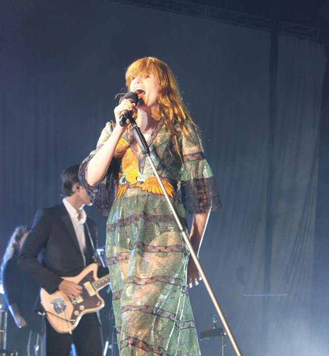 Energía y mucha fuerza desprendió Florence And The Machine en Madrid.