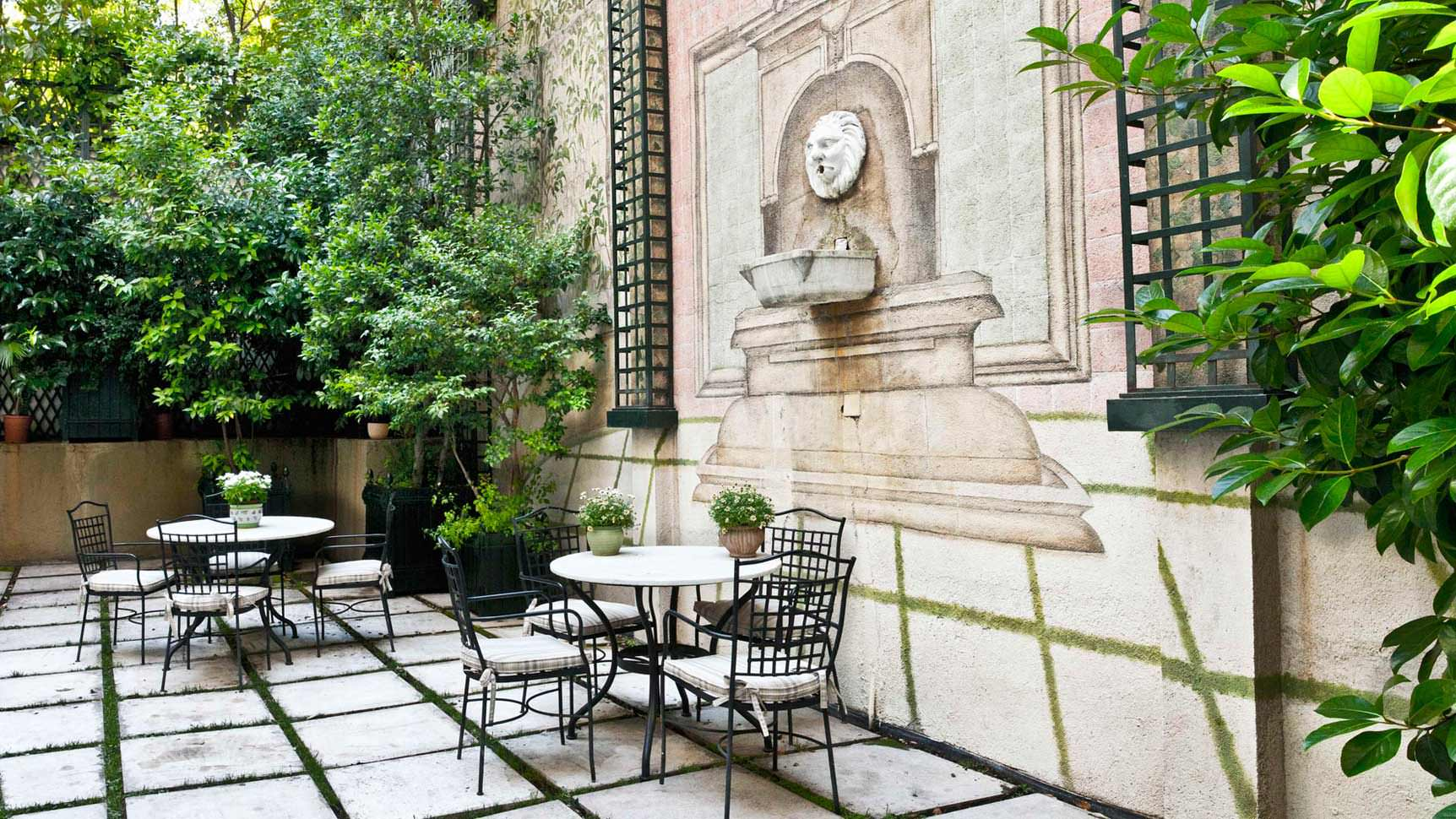 Jardín Hotel Orfila. Hotel romántico en Alonso Martinez