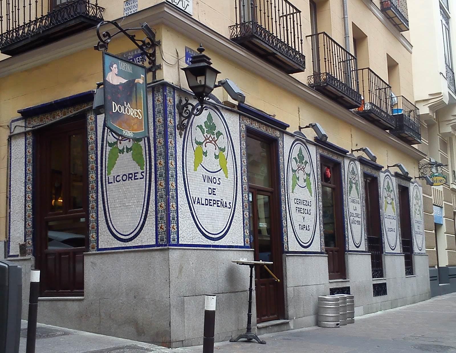 Los 10 bares más castizos de Madrid • Un buen día en Madrid