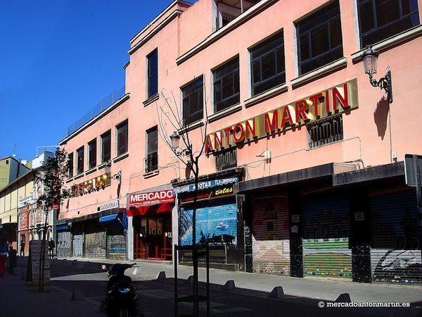 Mercado de Antón Martín en el Barrio de las Letras y Lavapies