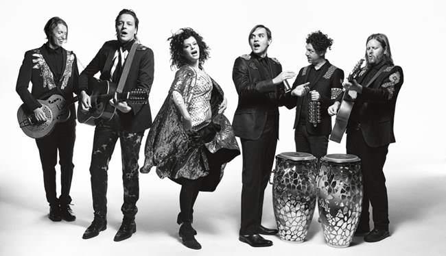 La banda canadiense Arcade Fire también estarán en el Bilbao BBK Live 2016.
