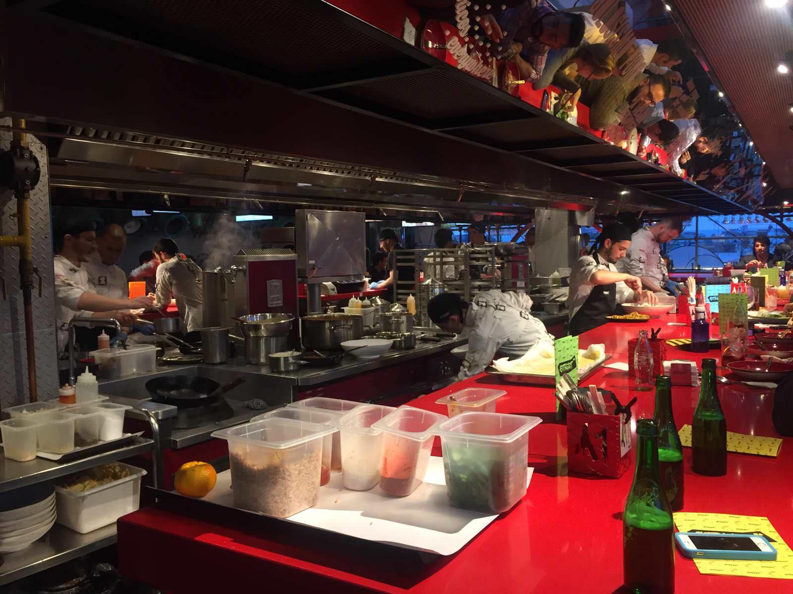 Barra del restaurante SreetXo en el Corte Inglés de Serrano