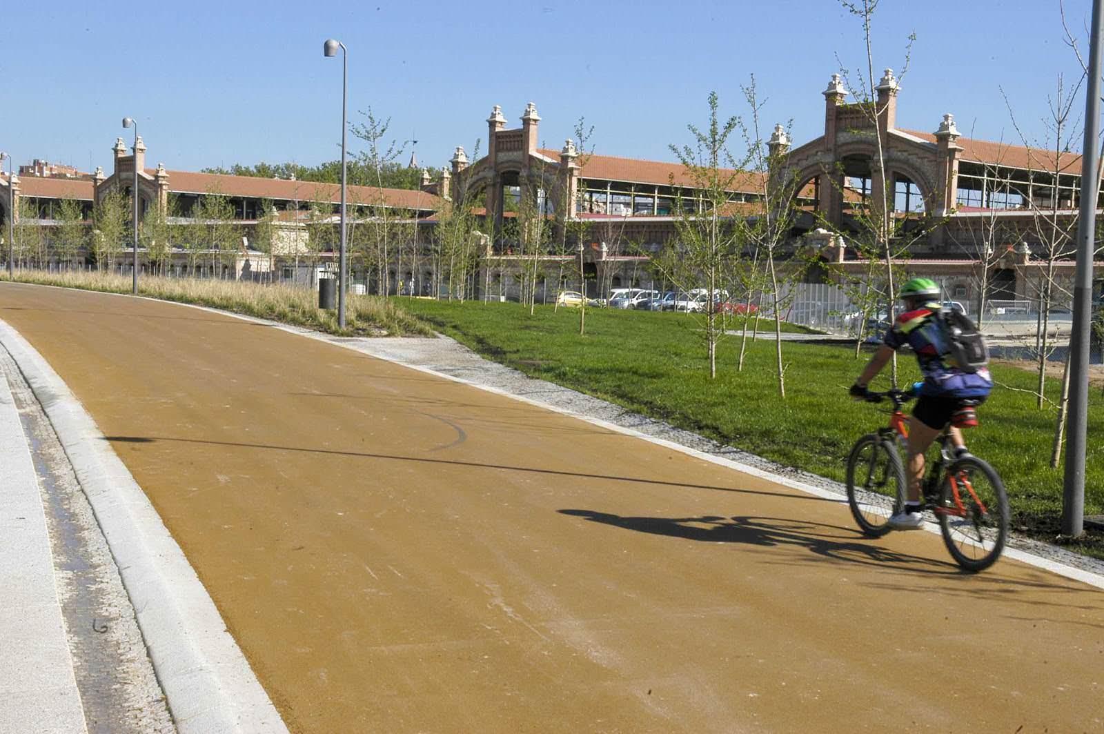 Plan Paseo en bicicleta por Madrid Río