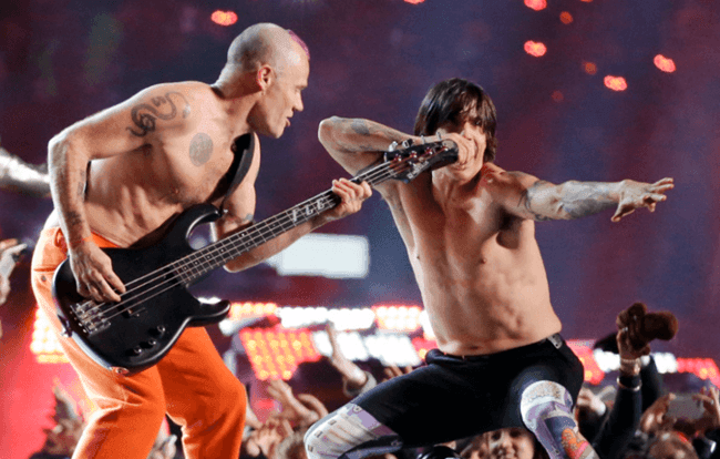 Flea y Anthony Kiedis miembros fundadores de Red Hot Chili Peppers.
