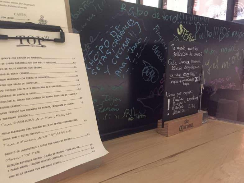 Pizarra de sugerencias en TOP10 Restaurante