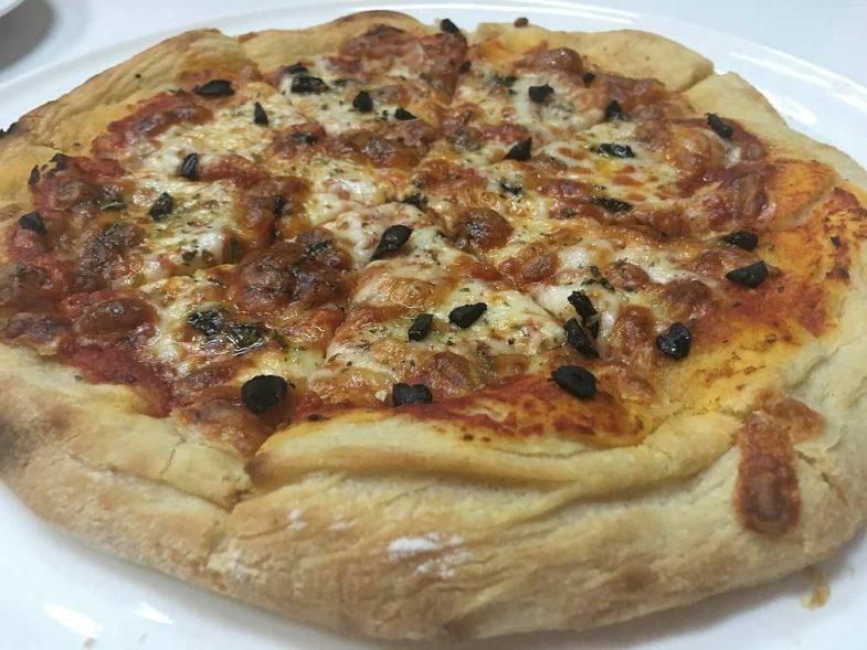 Pizza de Ajo Blanco