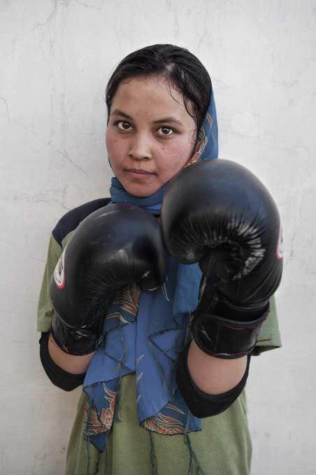 afganistán. mujeres