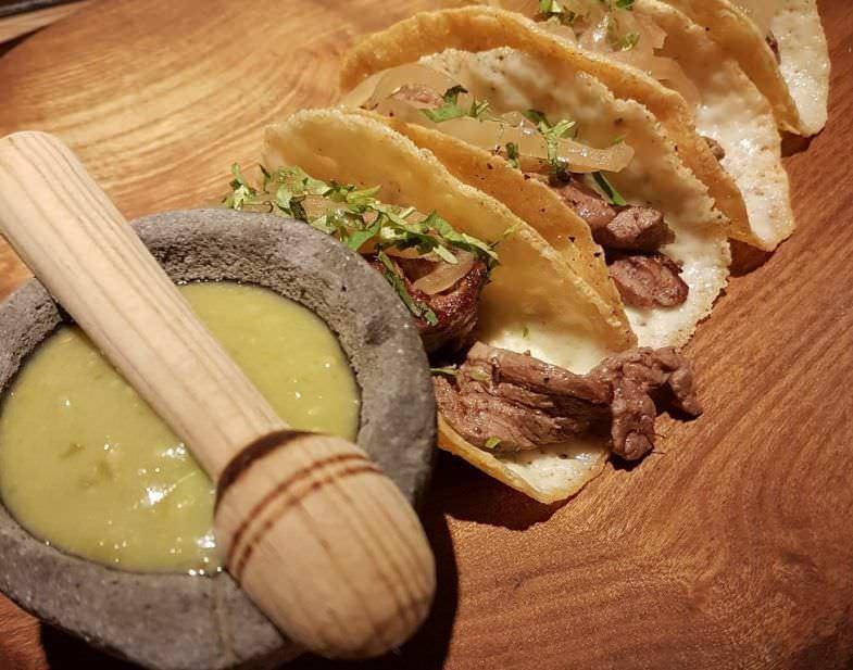 Tacos de ternera con queso