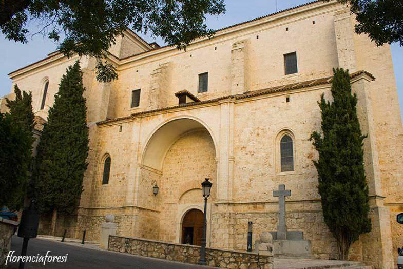Exteriores de la monumental iglesia