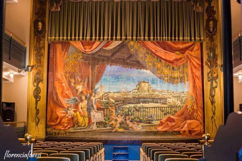 Interior y Telón del Teatro Lope de Vega