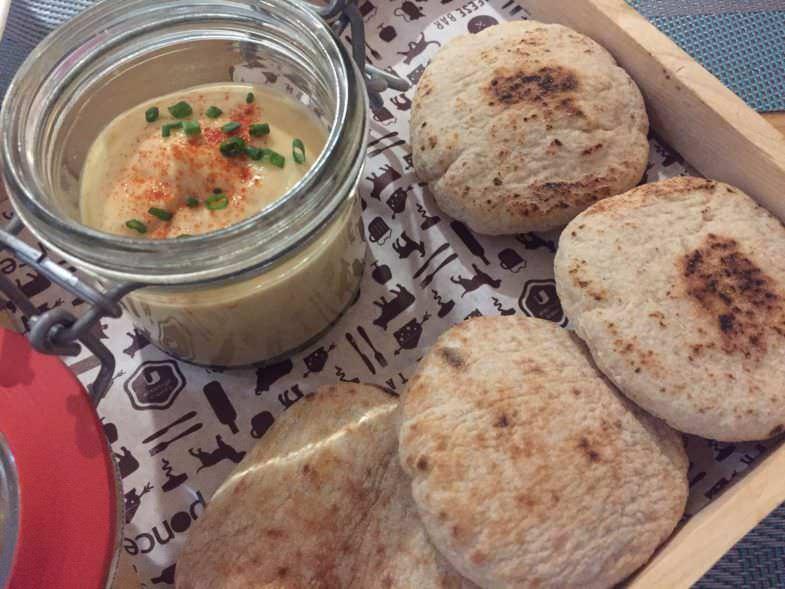 Hummus de queso Majorero