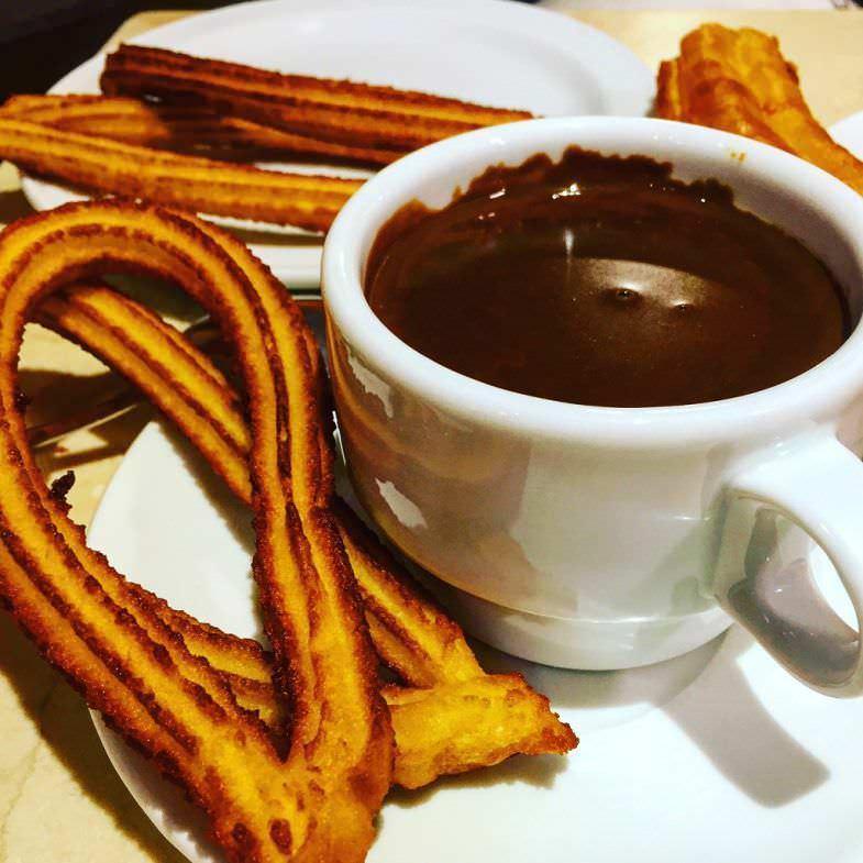 Chocolate con churros, de los mejores de Madrid
