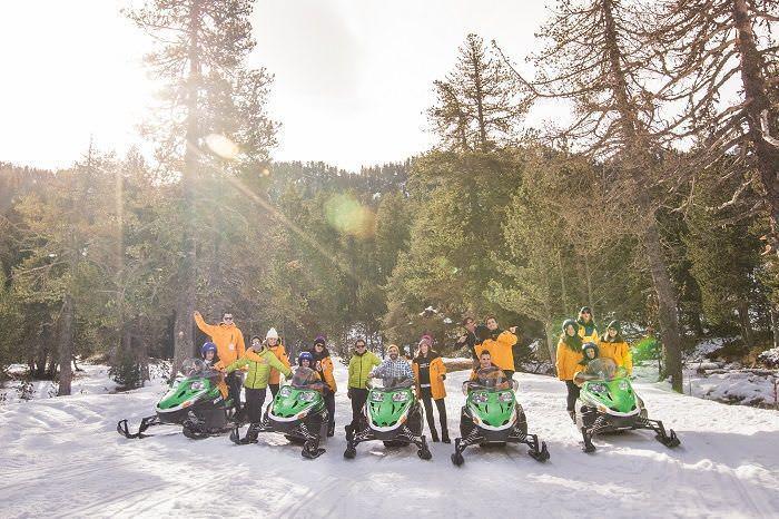 Circuito de motos de nieve