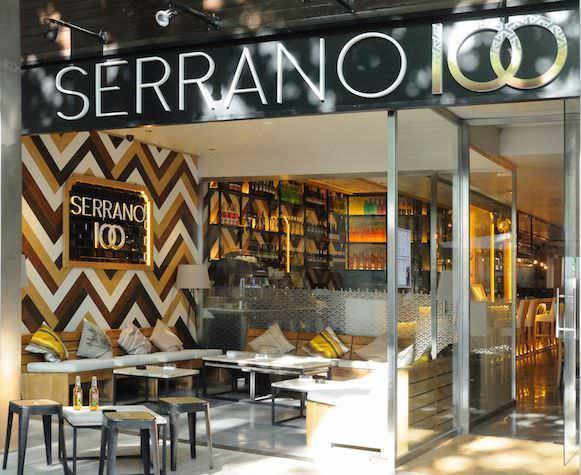 Facha y porche restaurante Serrano100