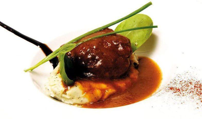 Tapa de La Taurina en Gastroletras