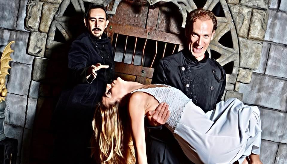 Actores teatro terror