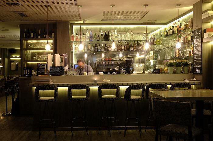 Interior del restaurante La Vanduca