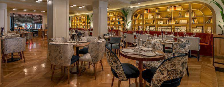 Interior Restaurante Caramba en el Hotel Regina
