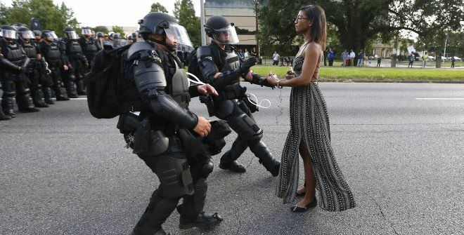 Taking a Stand in Baton Rouge, Jonathan Bachman, Reuters