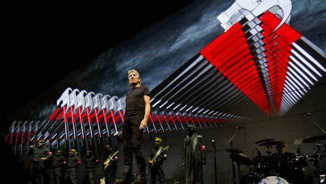 Roger Waters durante su gira ¨The Wall Live¨
