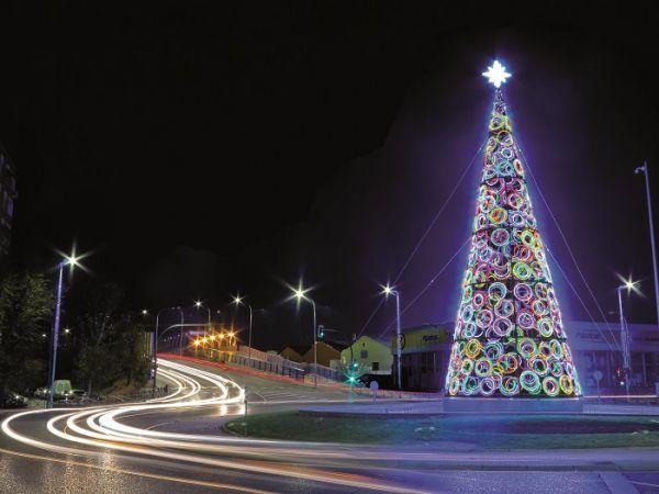 árbol de luces de Navidad en Torrejón